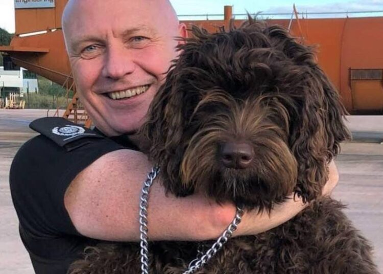 Digby, a 'Defusing' Dog, Saves the Life of a Lady who was Attempting Suicide on a Bridge