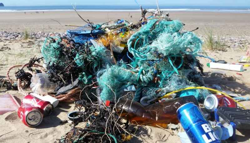Ellipsis Earth, a UK-based Mission to Map the World's Plastic Pollution using Drones