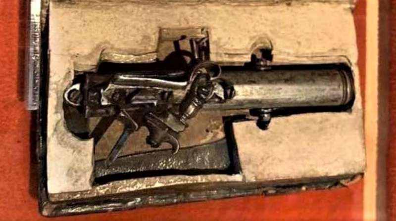 A Bible Gun that belonged to Francesco Morosini, could be Fired Without Opening the Book
